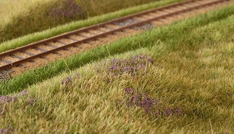 Hedemodul med lyng og græs-tuer