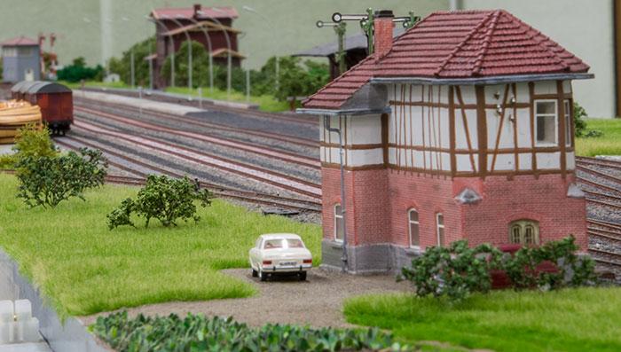 Kommandopost på relativt øde station