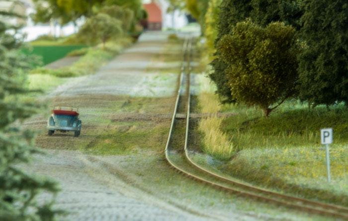 Moduler med brostensvej og smalspor