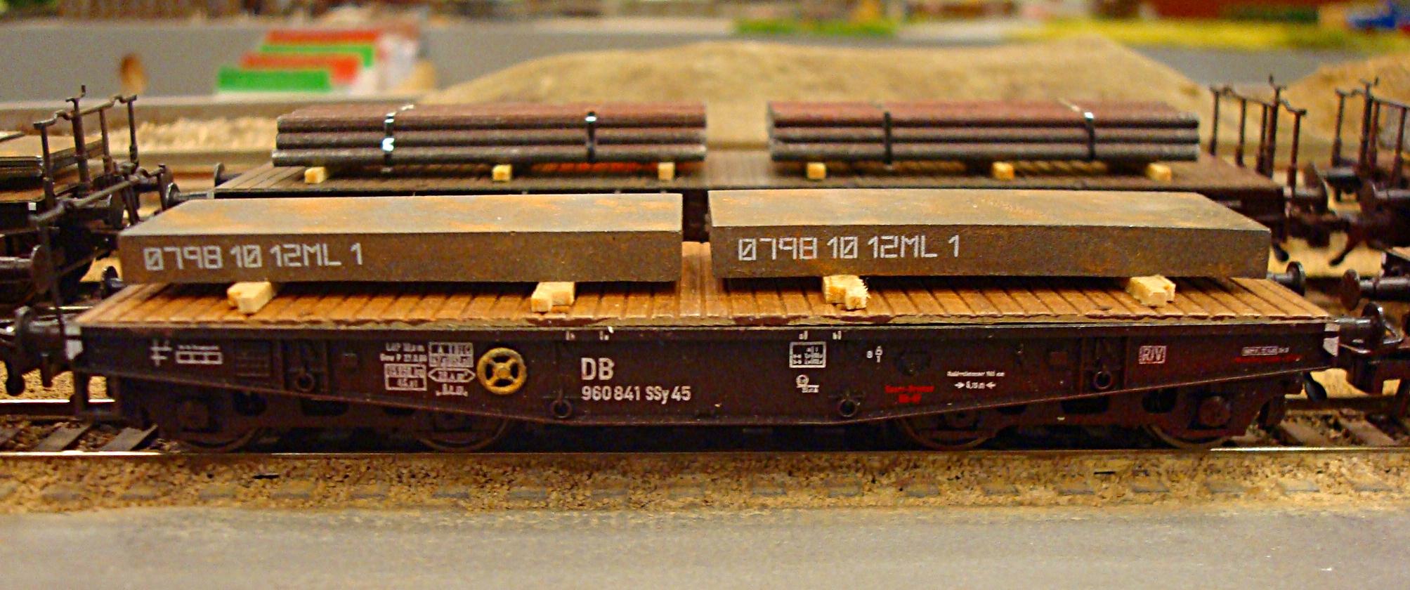 Sværgodsvogn med stål