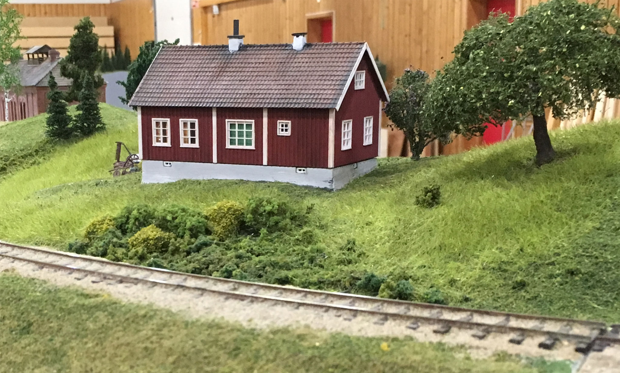 Træhus ved banen