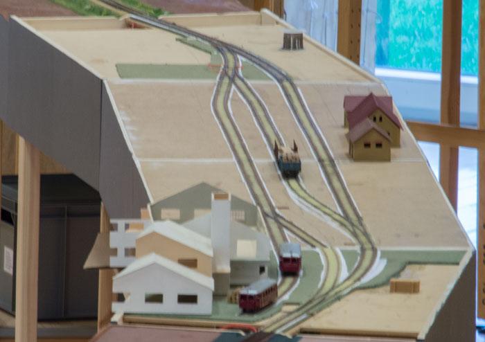 Vårst privatbanestation.  Bygges af Michael Sølgaard